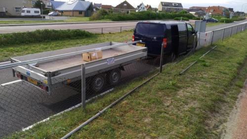 DiMa vervangt hek langs weg 2
